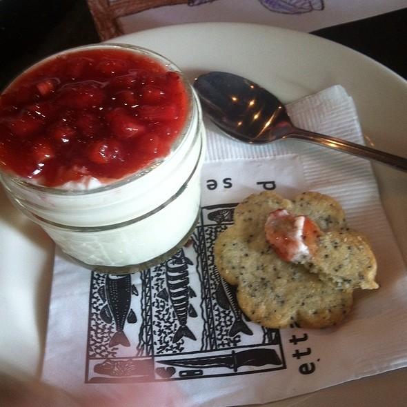 Strawberry Panna Cotta @ Etta's Seafood