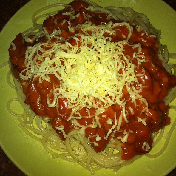 Spaghetti With Meat Sauce @ At Home