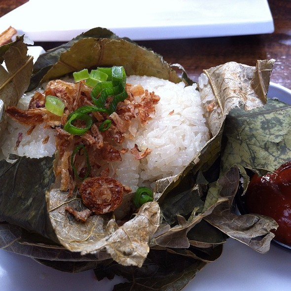 Chicken Sticky Rice In Lotus Leaf @ Bamboo Dumpling Bar