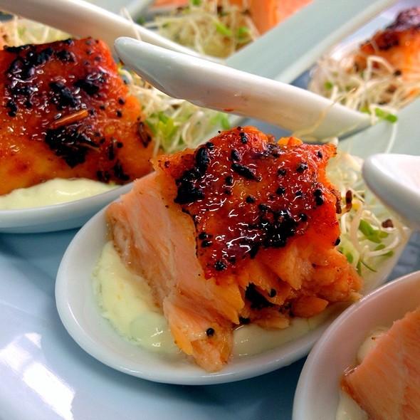 Salmon Caramelizado Con Especies @ Gourmet X-Perts Catering