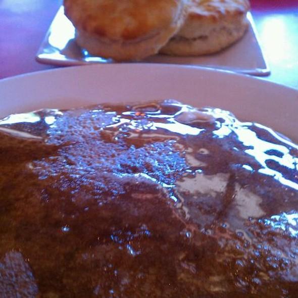 pancakes @ Broken Egg Bistro