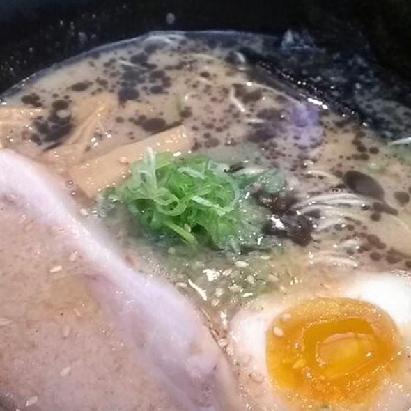 Tonkotsu Shoyu Ramen @ Ramen Yamadaya