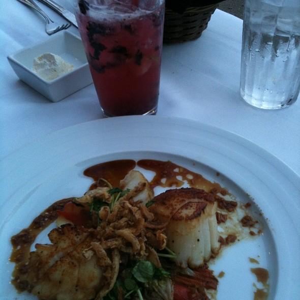 Scallops And Fresh Blueberry Margarita - Augie's Front Burner, Springfield, IL