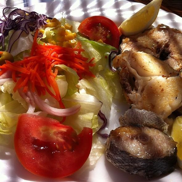 Merluza Á La Plancha Fresh Fresh @ Restaurante La Platjola