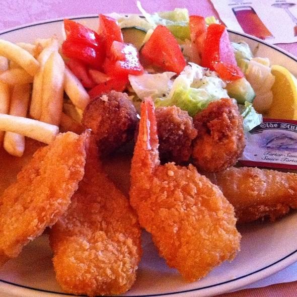 Fisherman's Platter @ Laterna Family Restaurant