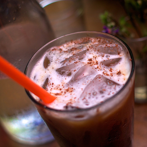 Iced Mud Mocha @ Mud coffee