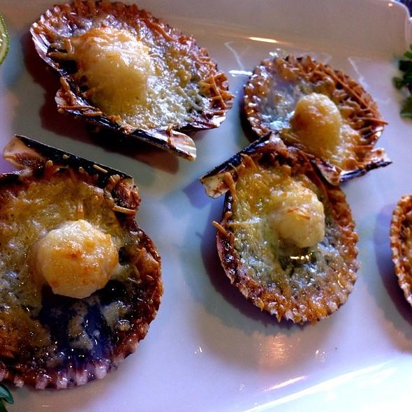Conchitas a la parmesana - Cafe Secret, Del Mar, CA