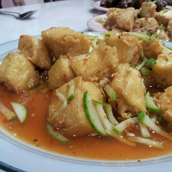 Deep Fried Tofu With Thai Chilli Sauce  @ Homemade