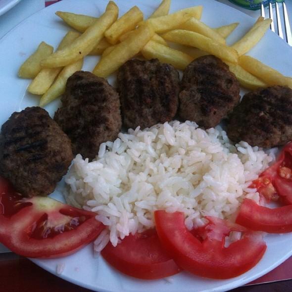 Meat Ball @ Tiryaki Büfe