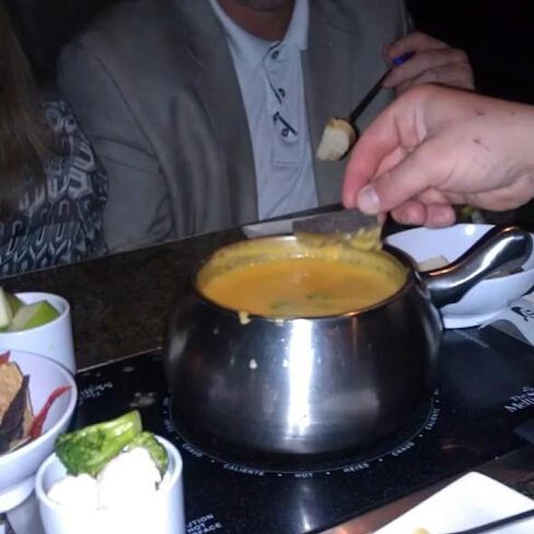 Cheese Fondue @ The Melting Pot