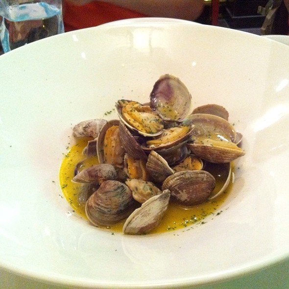 Manila Clams Sauteed W/ Pernod Herbed Butter