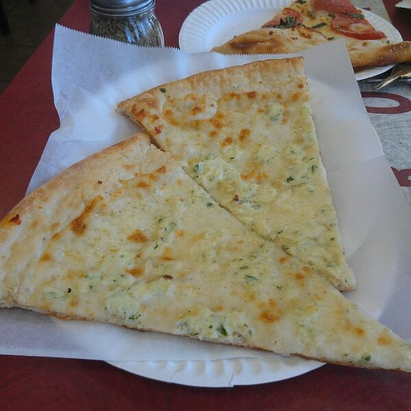 Whitestone Pizza @ Bronx Pizza
