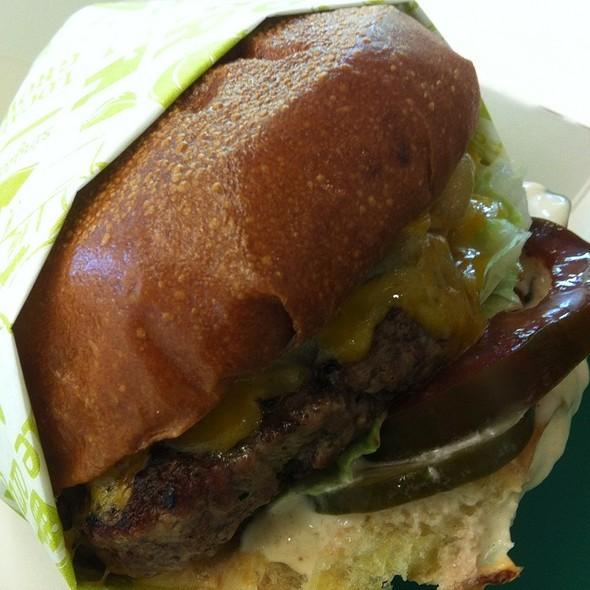 Ida's Old School Burger @ Short Order