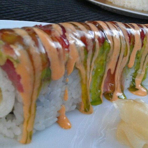 Strawberry Roll @ Sushi Zushi of the Domain