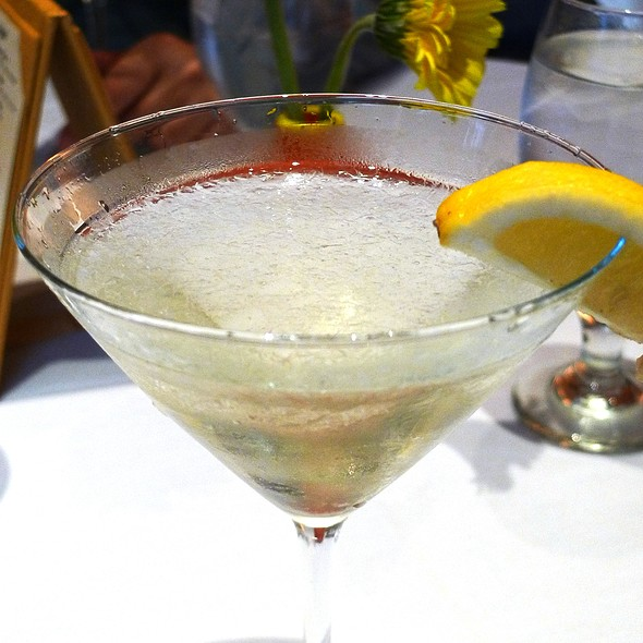 Apple Blossom Martini - della Voce, Manhattan, KS