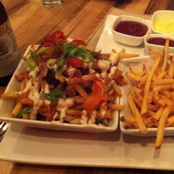 Pigg Style Fries @ Umamicatessen