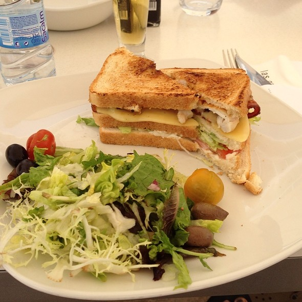 Sandwich Club @ Snack Bar - Las Gaviotas Suites Hotel