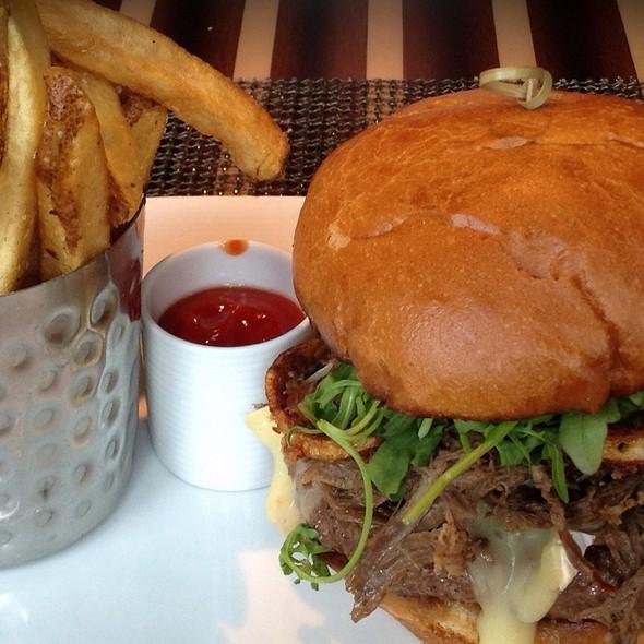 Milagro Ranch Brie Burger @ Eight K