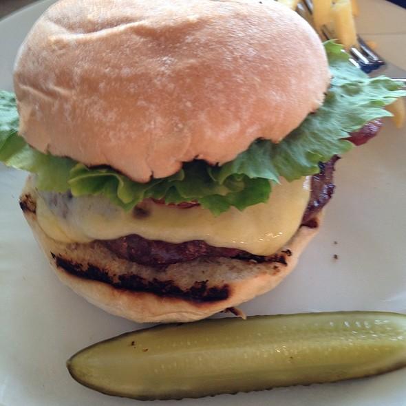 Byron Burger @ Byron Greenwich
