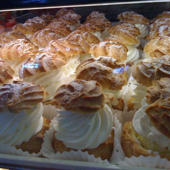 cream puffs @ Amy's Pastry Inc