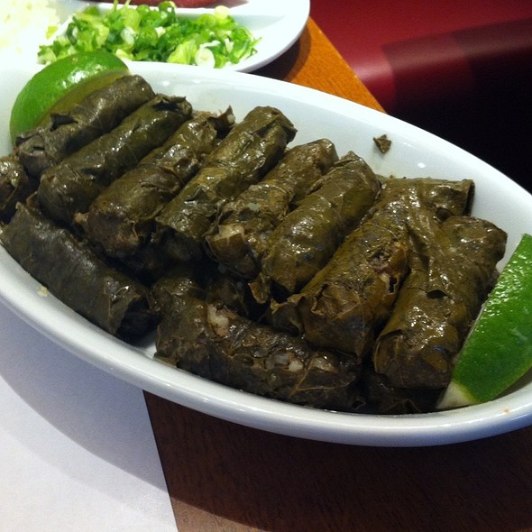 Grape Leaf Dolma @ Almanara Shopping Iguatemi JK