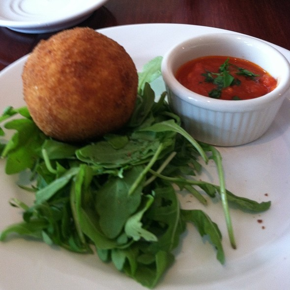 Arancino Con Carne @ Deco Ristorante and Bar