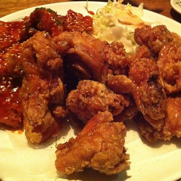 Spicy And Soy Garlic Korean Fried Chicken @ Ob Town
