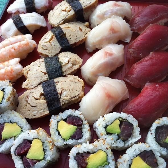 Sushi @ Bonsai Sushi Bar