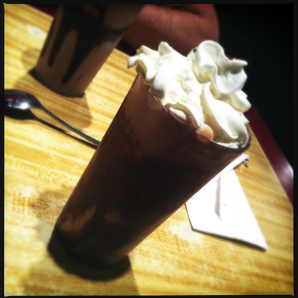 Chocolate Milk Shake @ Pete's Kitchen