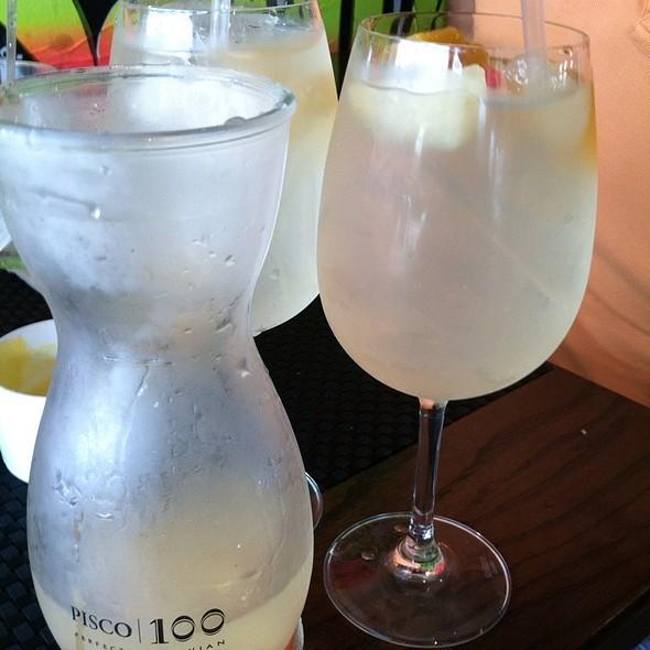 White Wine Sangria @ Pollos & Jarras