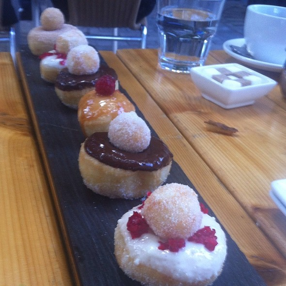 Donut Sharing Platter - Sidedoor Contemporary Kitchen & Bar, Ottawa, ON