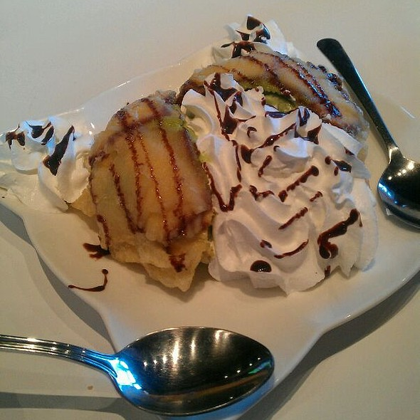 Fried Green Tea Ice Cream @ Oshima Sushi