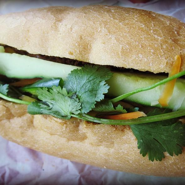 Banh Mi @ Dumpling Girl
