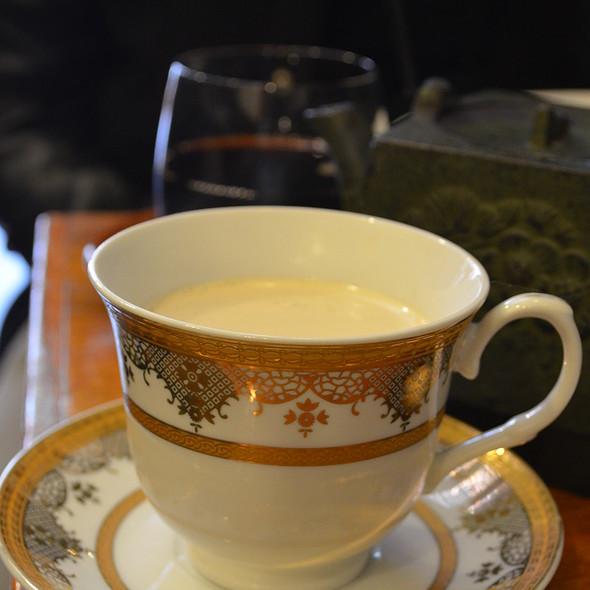 Honey Soaked Chai @ Circa Espresso