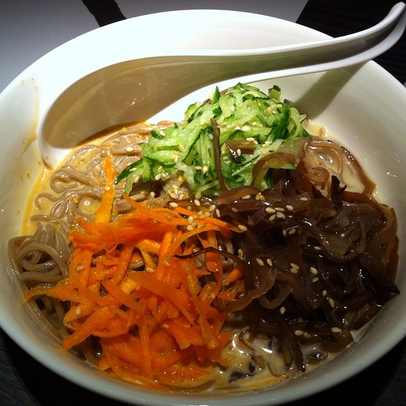 Cold Soba Noodles With Sesame Sauce @ 太初麵食りようり