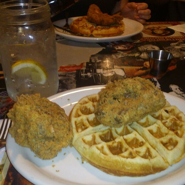 Chicken and Waffles @ Bayleaf Cafe