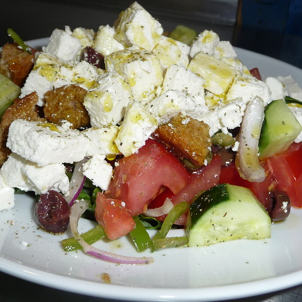 Nafpliotiki Salad @ Popeye Cafe