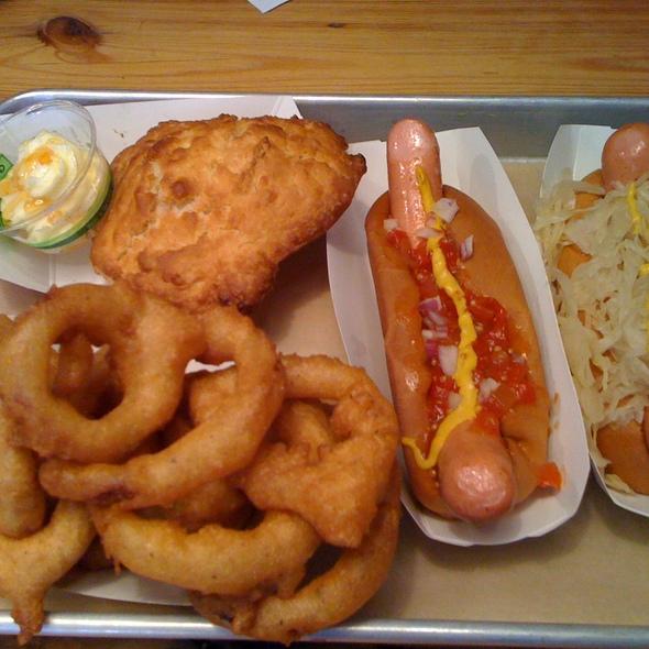 Hot Dog @ Bark Hot Dogs
