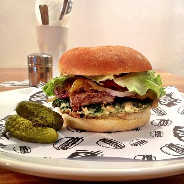Steak Burger @ Boom! Burgers & Steaks
