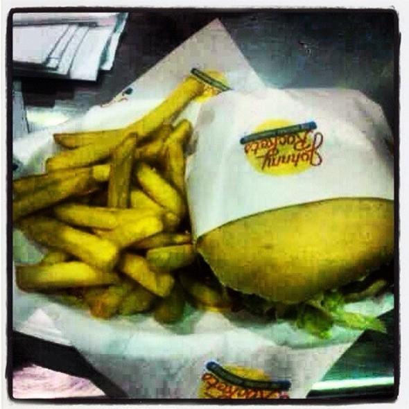 Cheeseburger And Fries @ Johnny Rockets