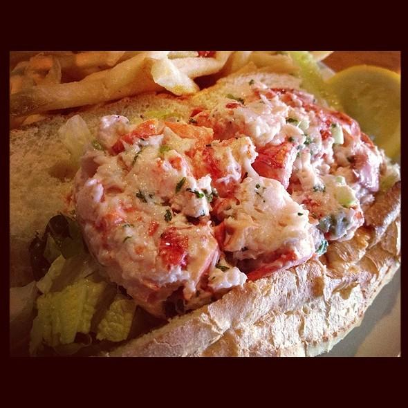 lobster roll @ Brax Landing Restaurant