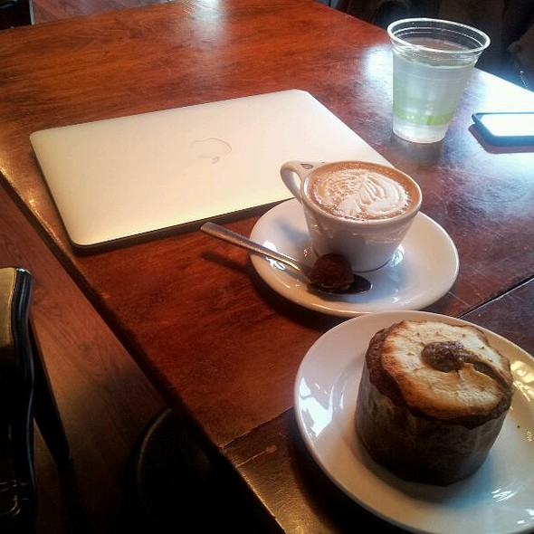 Cappuccino @ Tiago Espresso Bar + Kitchen