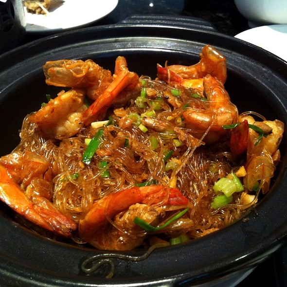 Claypot Shrimp With Glass Noodle @ Bellagio Cafe