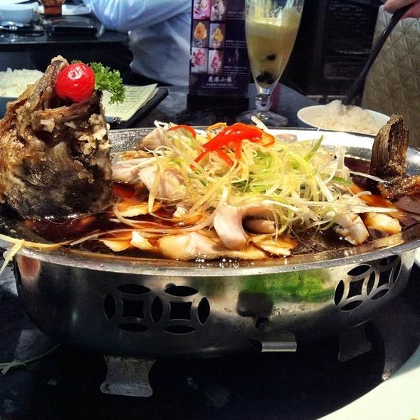 Madarin Fish Panfried & Braised @ Bellagio Cafe