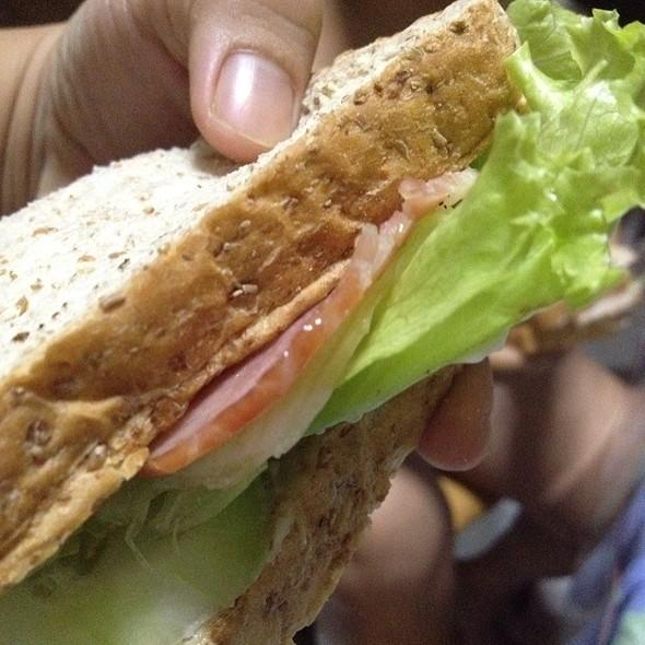 Bacon Sandwich @ Home