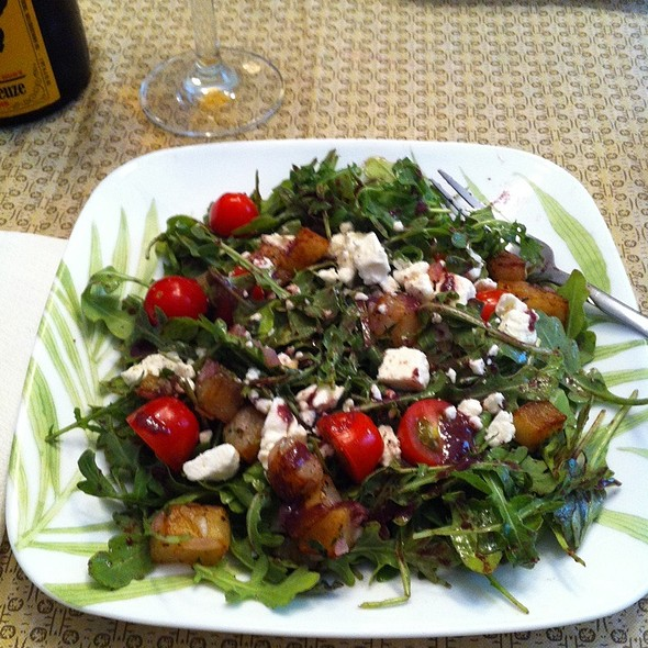 Wilted Arugula Salad With Crisp Potatoes, Feta & Warm Black Olive Vinaigrette @ Ye Olde Homestead