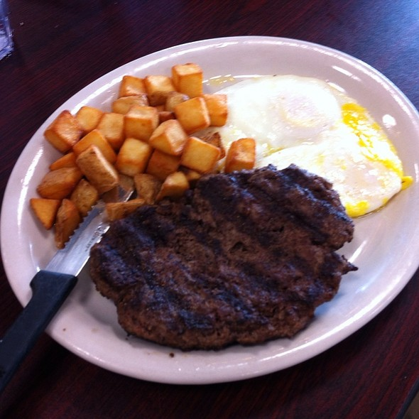 Steak and Eggs with Hashbrowns @ Diana's Grill