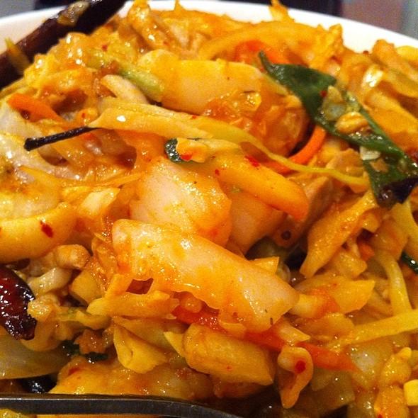 Noodle Platter @ Yu's Mandarin