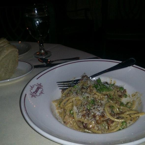 Pasta Carbonara @ Tuscany