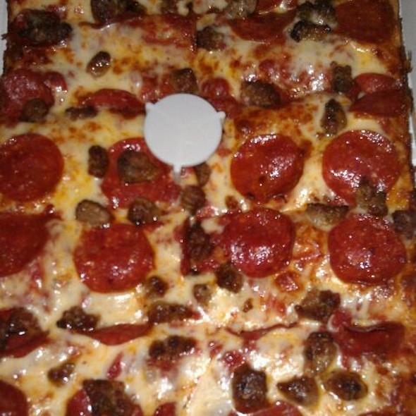 Pepperoni & Sausage Pizza @ Jet's Pizza